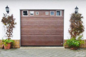 Sectional garage doors (10)
